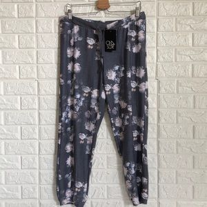 Chaser soft floral joggers